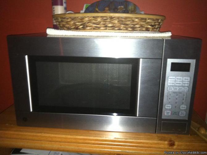 1100 watt Microwave - Price: $50.00