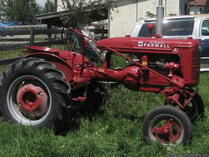 1940 show tractor - Price: $2600.00