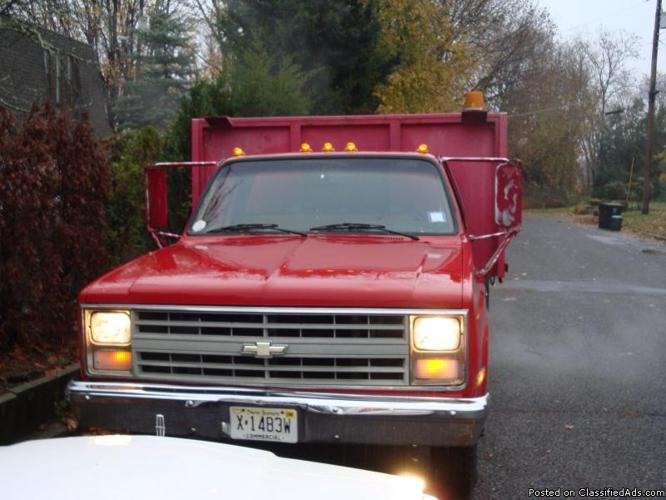 1987 Chevrolet 1-Ton Stake Body Truck (Custom Deluxe 30) - Price: 1600.00