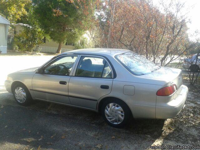 1999 Toyota Corolla - Price: 3000