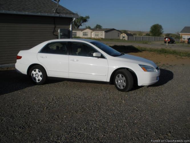 2005 Honda Accord - Price: $8,000.00 negot.