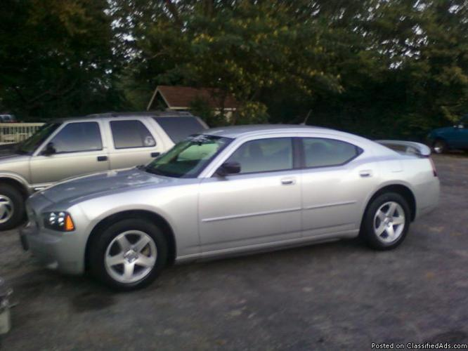 2008 dodge charger - Price: 14400.00