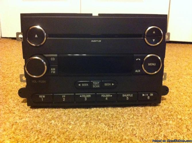 2008 Mustang stock radio - Price: $45