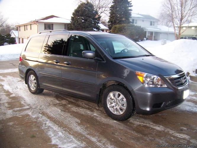 2010 Honda Odyssey EX-L Omaha, NE. - Price: 28000/ask me