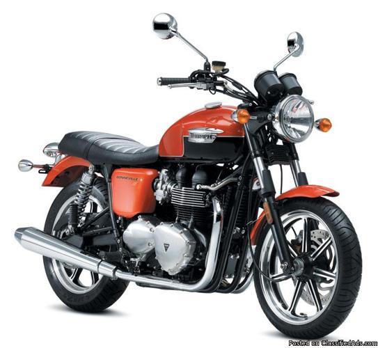 2012 Triumph Bonneville SE - Price: $7999