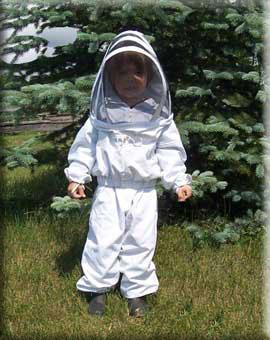 Beekeeping suit made of heavy cotton jean with completely removable veil @ $ 74.99 with free pair gloves. - Price: 74.99