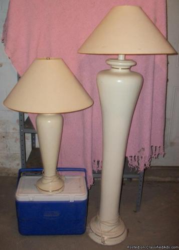 Cream Colored Ceramic Table Lamp & Floor Lamp (HEAVY) - Price: 30