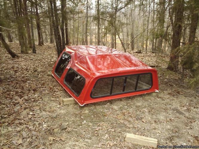 Fiberglass camper shell - Price: 300.00