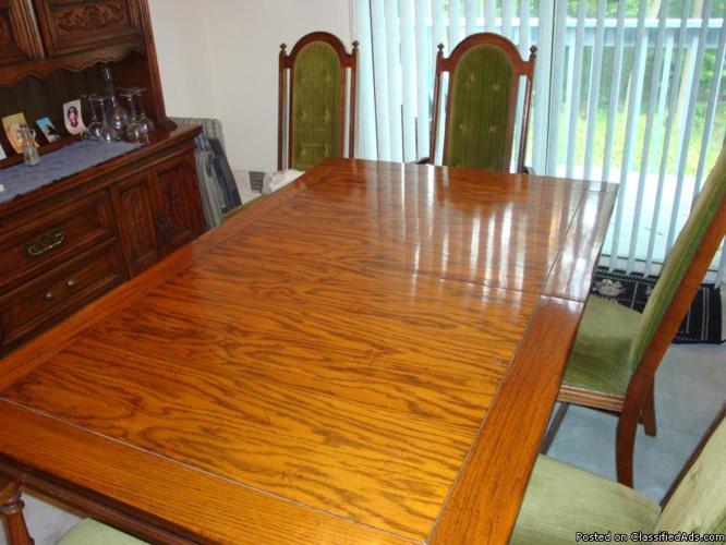 oakwood dining set - Price: 1,300