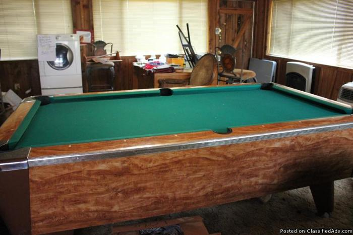 VALLEY POOL TABLE FOR SALE.