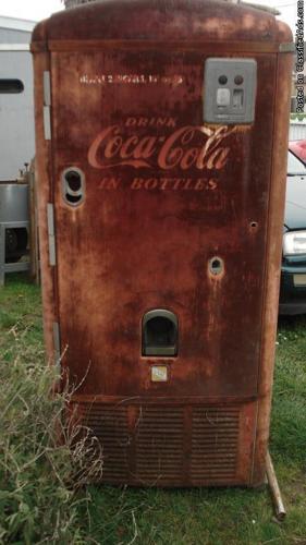 vintage coca cola machince all original parts - Price: neigotionable