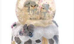 What?s more romantic than a walk in the winter wonderland? Two snow-folk share a lazy stroll amid the snowflakes, enjoying the beauty of a brisk winter?s day, taking the starring role in this sweetly sentimental water globe. Weight 0.2 lb. Resin with