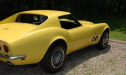 matching numbers 427,390, hp. , auto. trans. ,308 possi. rear----47,000 orignal,documentated mi.-----------excellent frame,no hit body,with correct , datona yellow paint----------new interior---------lots of documentation (including orignal window