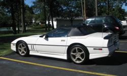 This is a collectable 1986 Corvette Convertible, Indy 500 Pace Car Edition and just waiting to cruise! This Car has oly a little over 71000 miles on it. It has an L98 - 5.7 Liter TPI V8 engine (runs and sounds strong) and a turbo automatic transmission.
