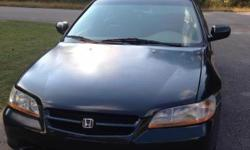 1999 Accord Ex, had 137,000 miles, ice air, A/C and heat working good, power window, sunroof, auto transmission, CD changer, cloth interior, less gas (about 30MPG). I wanna sell it for $3750. Contact @ 2565295980