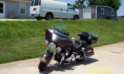 2006 Harley-Davidson ELECTRA GLIDE,2006 Harley Davidson Electra Glide Classic, Black Cherry w/Black Inserts, 5 Speed, 12,600 miles, NICE ELECTRA GLIDE CLASSIC AT AN UNBEATABLE PRICE, Experience the ride of a lifetime with top-of-the-line accessories,