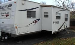 33 ft., 2 slides, sleeps 8, water filter, many upgrades, EC. 4 new tires.Tows great. Willing to sell tow vehicle also. 423-477-4425 leave message.