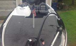 115 Mercury Optimax, low hours, stainless prop, motor guide 48lb thurst troll motor, lots of storage, garage kept, new tires, fold away tongue, lowrance x 86 fish finder. Very Nice Condition!