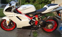 I'm selling a 2011Ducati 848 EVO with 1,900 miles on it....... It's got electric start/ digital display dash/ 850cc motor with 140h.p./ smallstorage underpassenger seat / red powder coated racing rims and perelli race tires with brembo racing