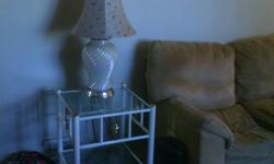 2 lamp and tables in good condition