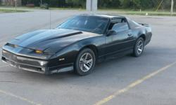 89 Firebird, V6, T-top, black, Automatic, 140K. Good car everyday driver, a lot of new stuff for $2'500