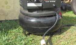 4 gallon air compressor like new used once