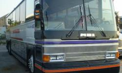 Bus for sale available for 47 person ................ GOOD CONDITION, MOTOR DETROIT............... DO YOU INTEREST CALL ME AT 786 - 315 - 1741 ......................