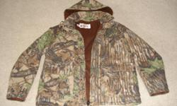 Water proof, wind tech, like new condition, never hunted in, medium-regular.