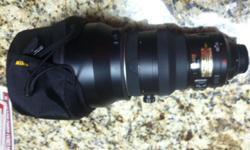 Nikon ED VR AF-S Nikkor 200 1:2 G lense with cover. Excellent condition.