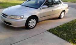 1998 HONDA ACCORD LX 4 DOOR, 133,000 MILES, HAS AM/FM STEREO, AIR CONDITIONING AND HEAT WORKS GREAT, HAS POWER LOCKS AND WINDOWS, INTERIOR LOOKS GREAT, DRIVES GREAT AROUND THE CITY AND EXCELLENT ON THE HIGHWAY!! GREAT IDEAL FOR A WORK CAR, AND VERY