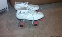 Carrera speed roller skates (riedell) size 6.