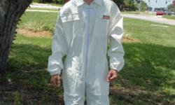 Complete Bee, beekeeping, Beekeeper, Pest Control suits with veil and for a limited time we are offering free pair of bee keeping gloves made of c ow hide leather with long cotton cuff. We are specialized in custom designs & private labeling. We have