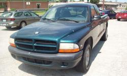 1997 green dodge dakota extended cab. v6, good upholstry, no air, runs good, always starts.