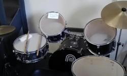 7 piece Percision Plus drum set.