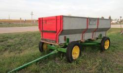 Dultmeier wagon box on John Deere 953 running gear and springs. Real good condition! $580. Please call -- (Jim)