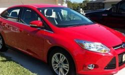 Ford Focus 2012 SEL, 29,000 mi, Red, Auto Transmission w/Manual Overirde, Race Red, 60,000 transferable extended warranty, clear coat protected (937) 474-4377