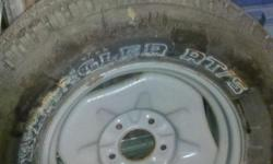 One Goodyear Wrangler RT/S P265/70R17 Mounted on Ford 5 hole wheel