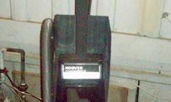 this Hoover upright runs great I hate to give it up but I got a new one. Also comes with vacuum bags. If interested call Jan at -- or email me at glasgowjan@hotmail.com