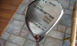 9 degree loft, graphite stiff shaft, mid-kick. Excellent condition (no headcover).