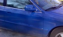 blue fresh paint no dent has sun roof, good tires gas good saver gas. oil has been changed