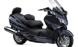 With its aerodynamic design and beautifully crafted bodywork, the Burgman 650 Executive sets the styling standard for 2012. As striking as it looks, it has comfort and performance to match, thanks to some of Suzuki's most advanced engineering. The Burgman