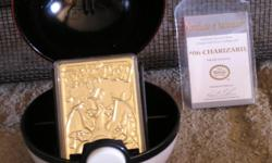 Pokemon 23kt Gold Plated Trading Card #06 Charizard Pre-Owned but has never been open as far as the card or the info card. This Pokeman Special Edition 23kt Gold Plated Trading Card has been produced to the highest standards for Nintendo of America. 23kt