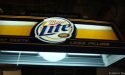 Working Miller Lite pool table light $150.00 obo Cash offers only!