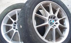 SET 20'' CHROMES RIMS WITH TIRES ASKING FOR $450.00 OBO CALL ME 407 393 8794