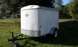 utility trailer set up for pressure washing and pest control, trailerwas garage kept.