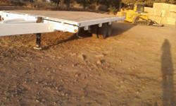 White Flat Bed Trailer in excellent condition 15 Ton