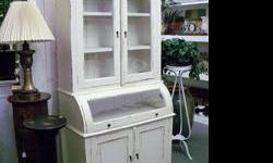 White washed style has returned once again from the past. What a stylish way of bringing the old look to modern day with this Single Roll Top Cabinet. All brand new construction  and distressed to give it that old look. The glass roll top is a great